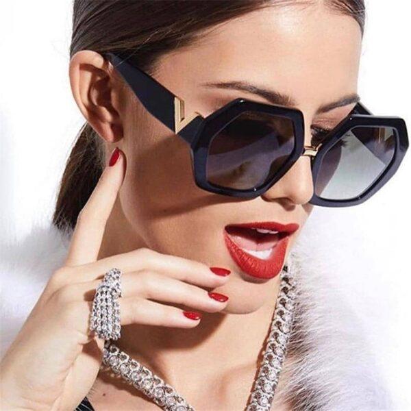 Shop Bloom Fashion Luxury Square Sunglasses Ladies Fashion Glasses Classic Brand Designer Retro Sun Glasses Women Sexy Eyewear Unisex Shades