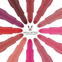 women-red-bullet-lip stick-lipstick-cosmetic-makeup-make up